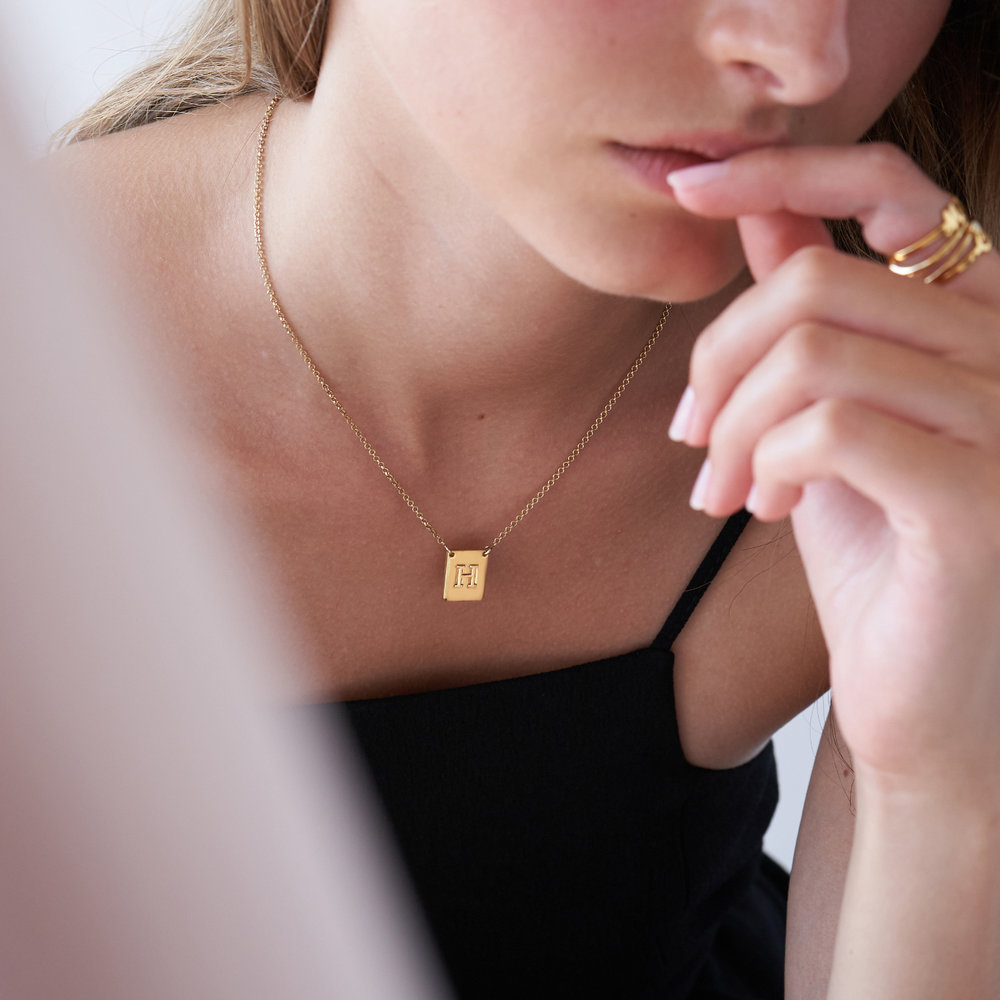 Pop Up Initial Necklace - Gold Plated - 3