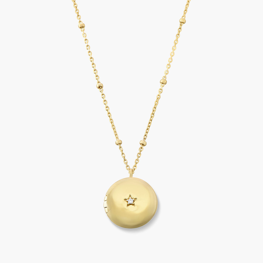 Locket Round Necklace with Star - Gold Plated
