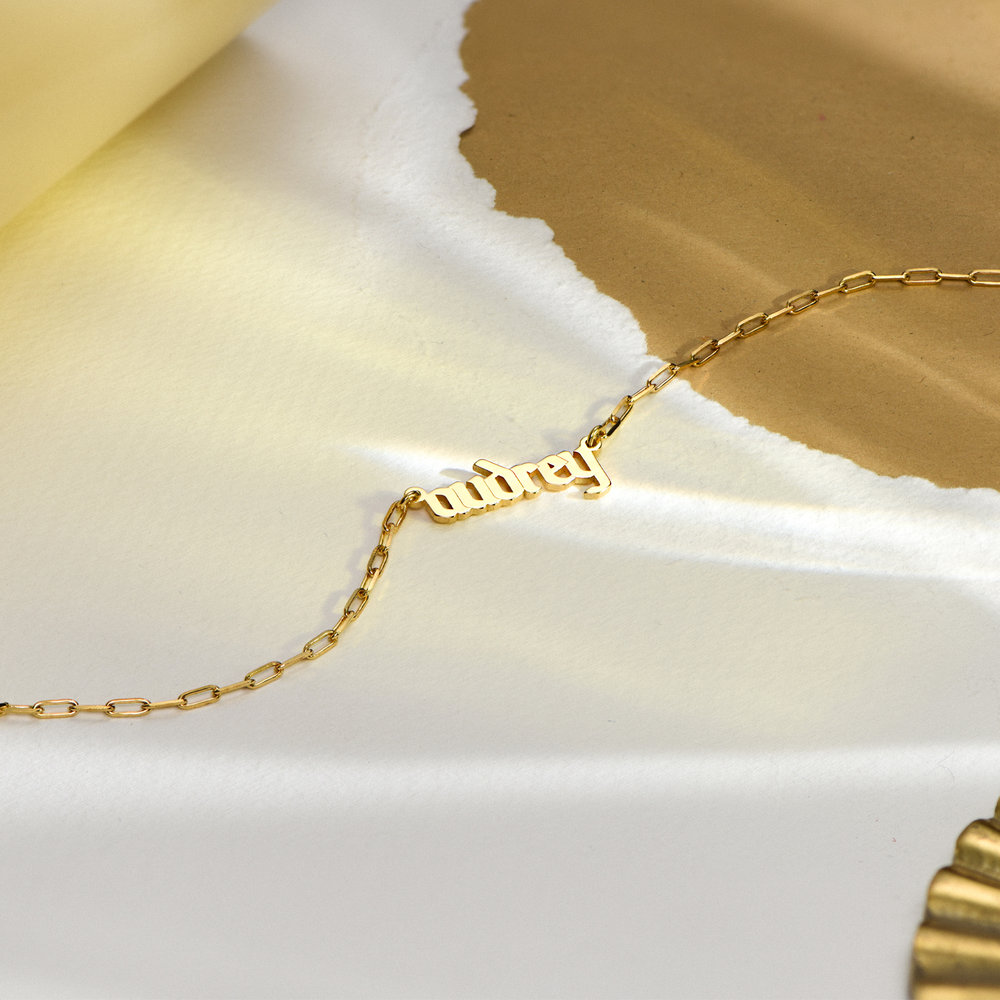 Alanis Paperclip Chain Name Necklace - Gold Plated - 1