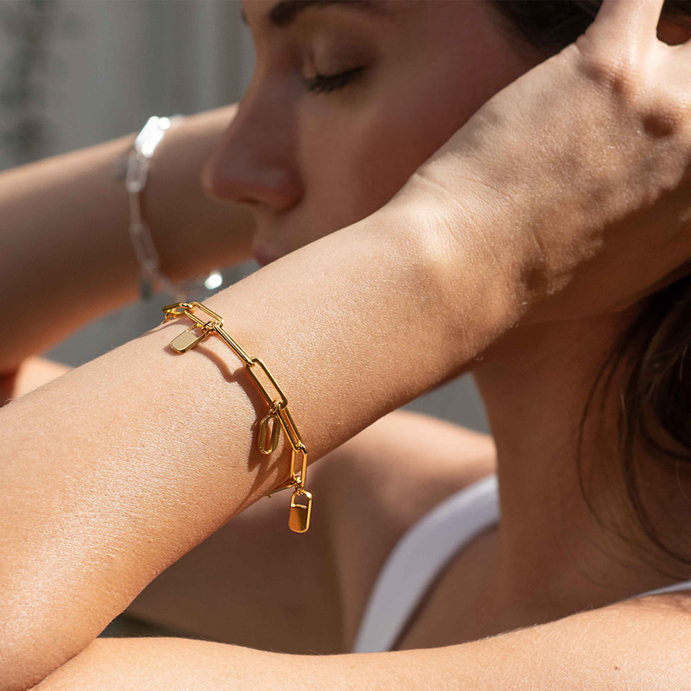 The Charmer Link Initial Bracelet - Gold Plated - 4