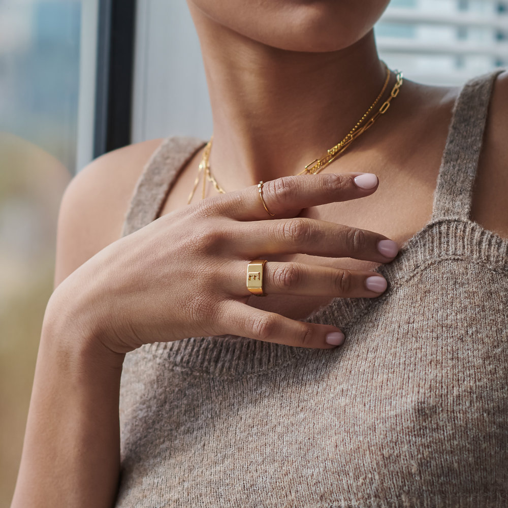 Ayla Square Initial Signet Ring - Gold Vermeil - 3