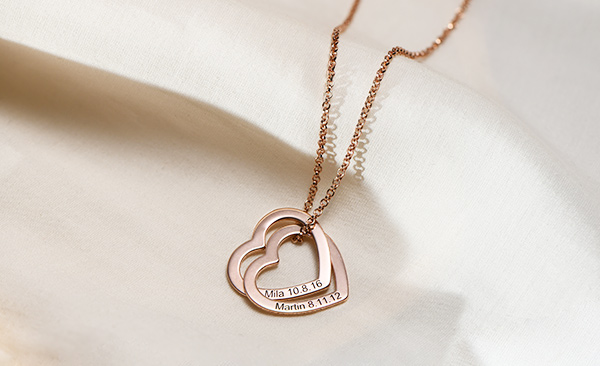 Love locked necklace