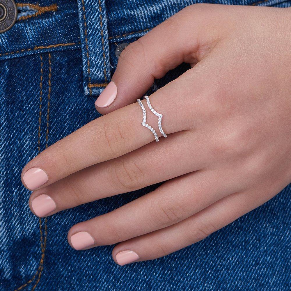 Serenity V Ring, Silver | Oak & Luna