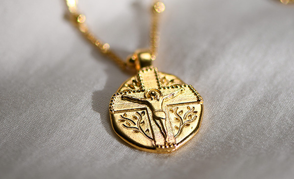 jesus vintage coin neklace