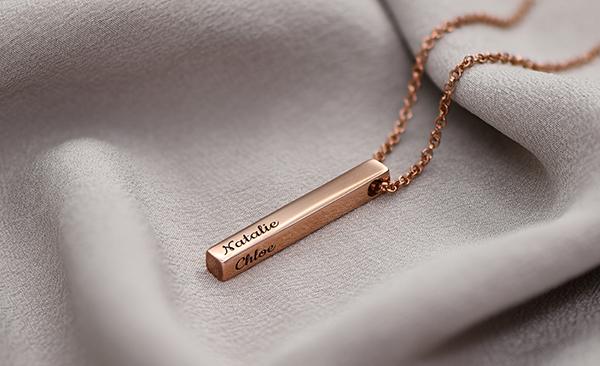 Pillar Bar Necklace