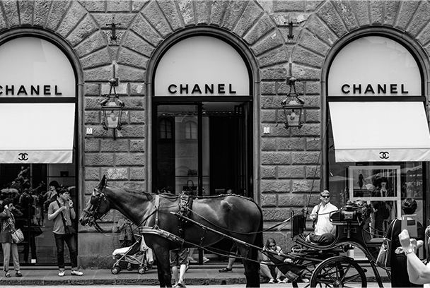 Black and White Image in Front of Jewelry Shop